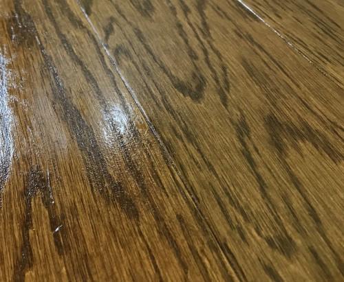 荒れた床表面